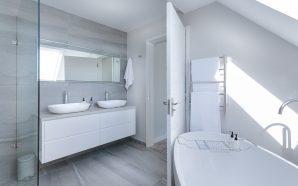 Wanna czy kabina prysznicowa – co wybrać?