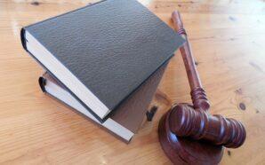 Czym zajmuje się adwokat prawa pracy?